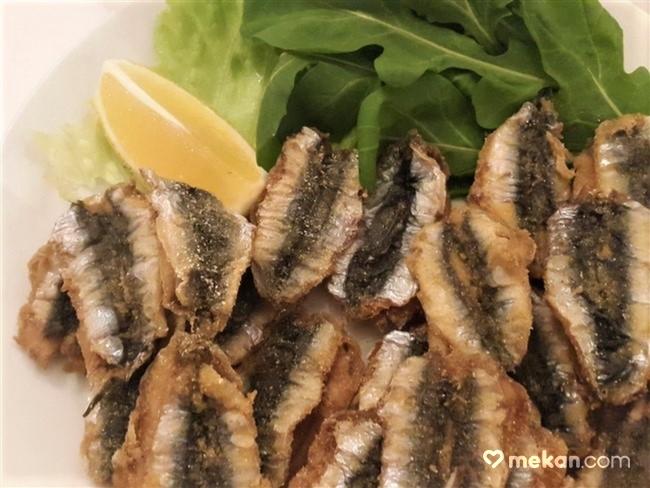 Hamsi-Giritli-Restoran-Balık