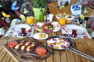 Karaköy'de Kahvaltıya Doyacağınız 19 Mekan