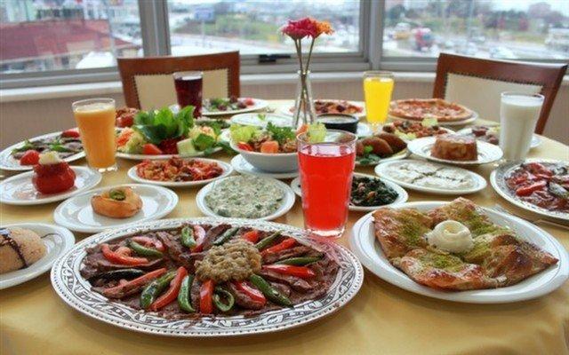 Ataşehir Niyazibey'de Zengin Lezzet Menüleri